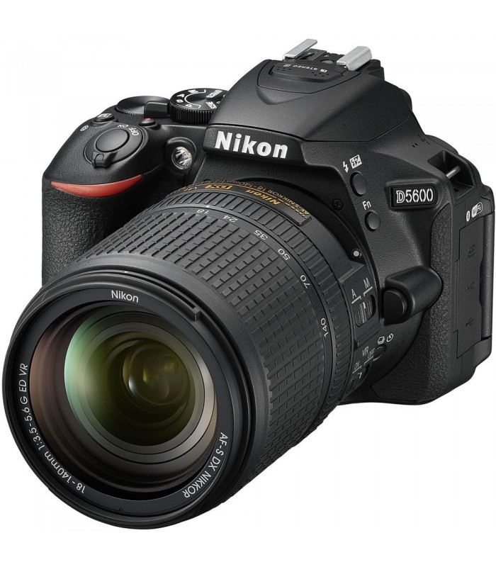دوربین دیجیتال نیکون مدل Nikon D5600 به همراه لنز 140-18 میلی متر VR AF-S DX