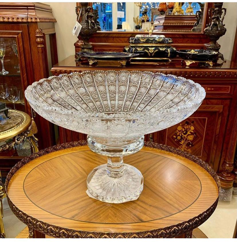 تصویر میوه خوری پایه دار کریستال تراش دست پی کی Fruit bowl with crystal cut by PK hand