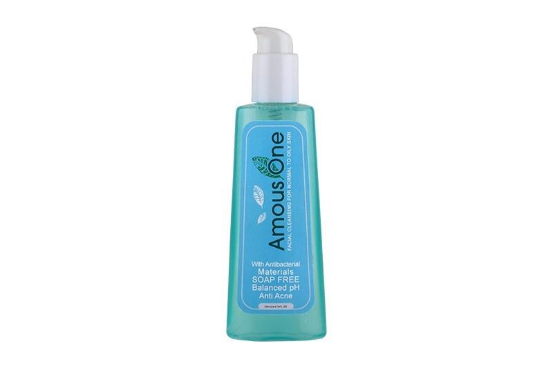 ژل شستشوی صورت مناسب پوستهای معمولی تا چرب آموس وان حجم 200 گرم