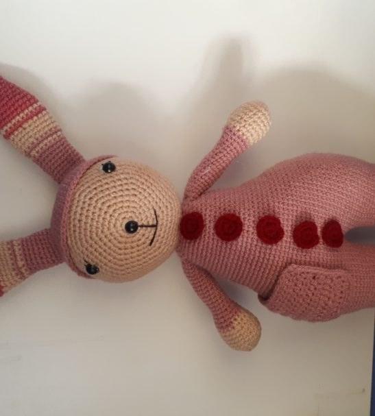 عروسک دستساز طرح خرگوش
