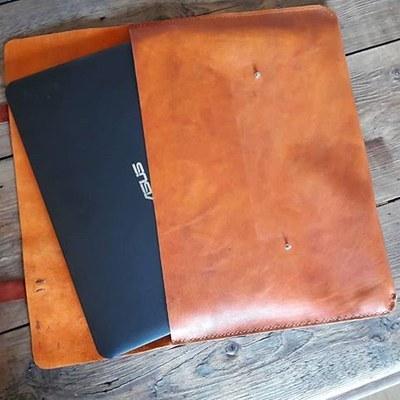 عکس کیف چرم لپ تاپ  کیف-چرم-لپ-تاپ