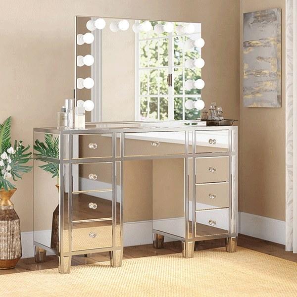 تصویر میز آرایش مدرن آینه ای - مدل گلورنس