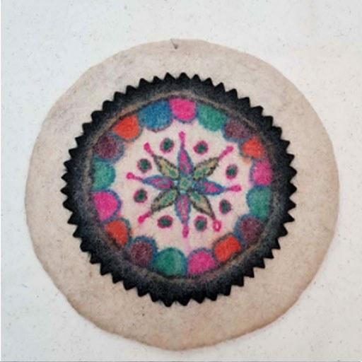 تصویر زیرانداز سنتی نمدی گرد کد 1063