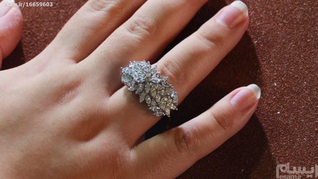 انگشتر نقره زنانه بسیار پرکار  