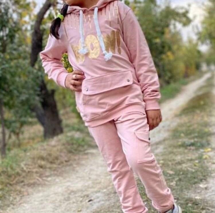 main images ست هودی و شلوار دخترانه کودکانه پولکی طرح وو