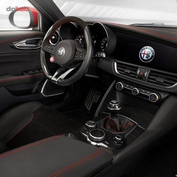 img خودرو آلفارومئو Giulia اتوماتیک سال 2017 Alfaromeo Giulia 2017 AT