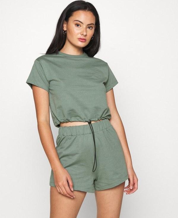 تصویر سويى شرت زنانه سبزآبی Even&odd