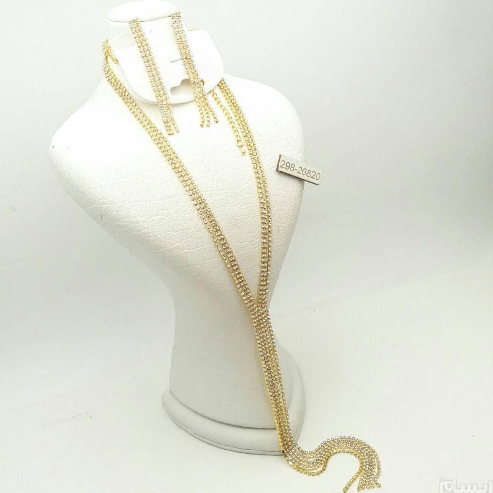 نیم ست مجلسی طرح طلا و جواهر | نیم ست مجلسی فوق العاده زیبا و شیک با آبکاری طلایی، رنگ ثابت و کیفیت عالی ... (گردنبند و گوشواره)
