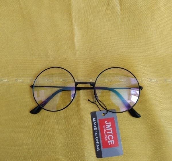 تصویر عینک طبی اسپرت گرد