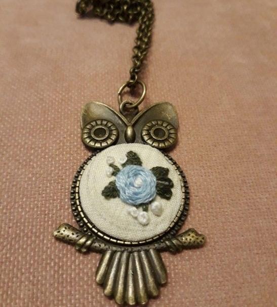 گردنبند گلدوزی شده دست ساز