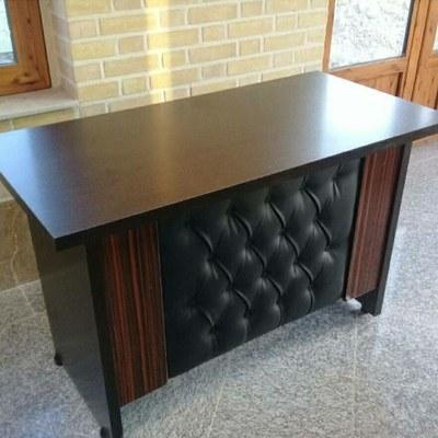 تصویر میز و صندلی اداری میز 120×60 ورق پویا محکم و ضدخش مدل آبنوس لمسه هایگلاس رنگبندی مختلف 24ماه گارانتی معتبر ارسال به سراسر کشور