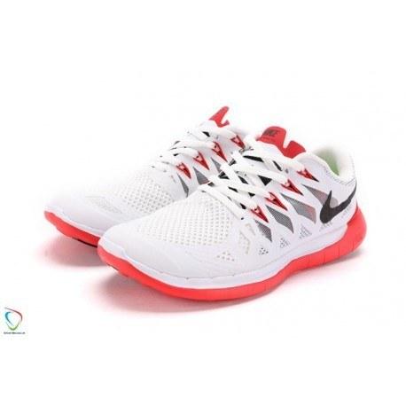کفش پیاده روی زنانه نایک مدل 5.0 610 FREE