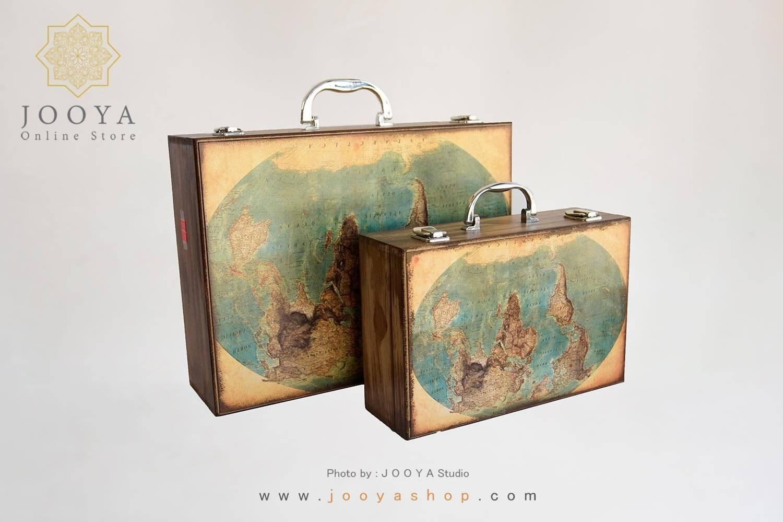 تصویر چمدان چوبی طرح زمین