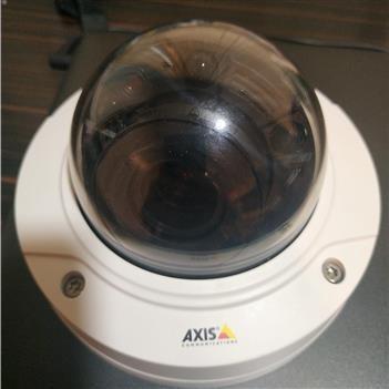 تصویر دوربین مداربسته اکسیس Axis