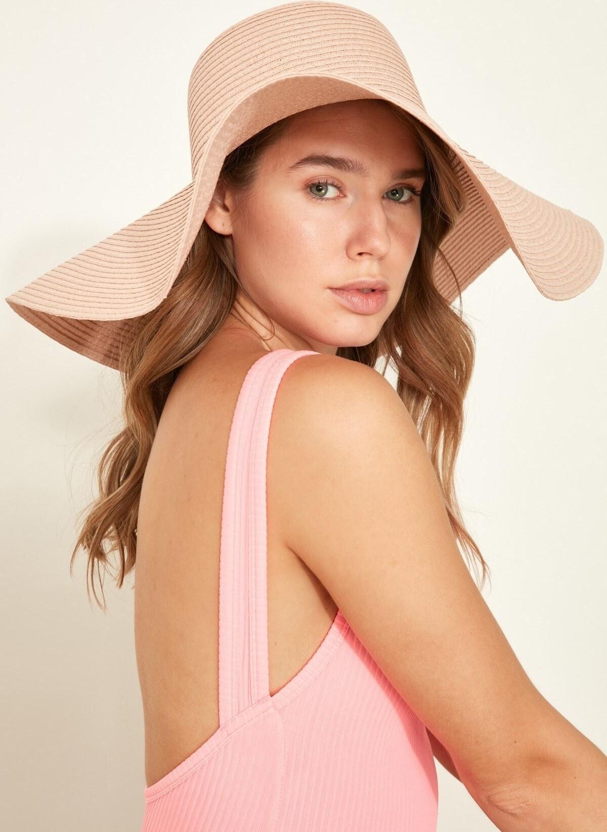 تصویر کلاه ساحلی زنانه نرم حصیری صورتی برند C City کد 1622651830