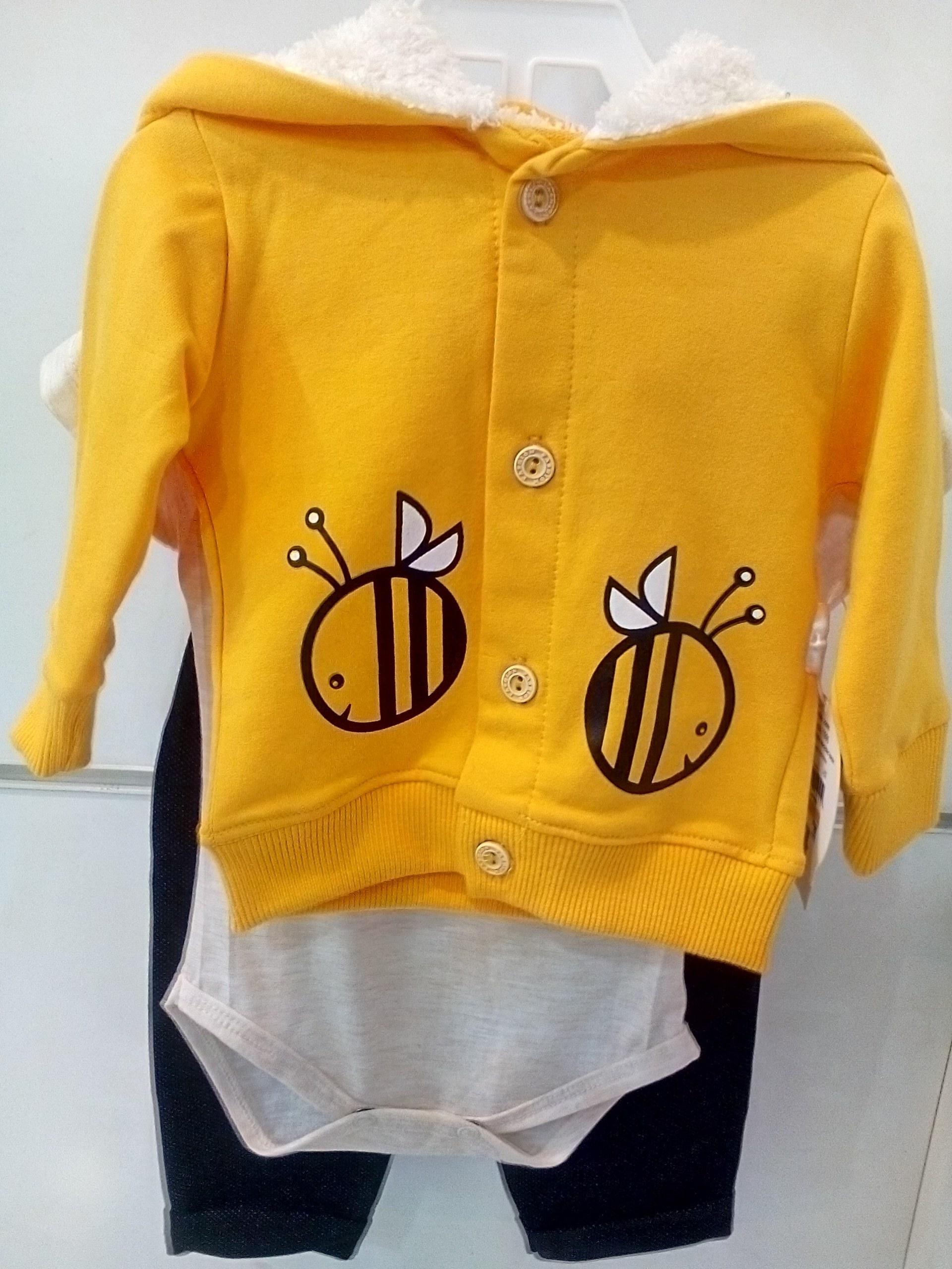 لباس سه تیکه پسرانه و دخترانه زرد