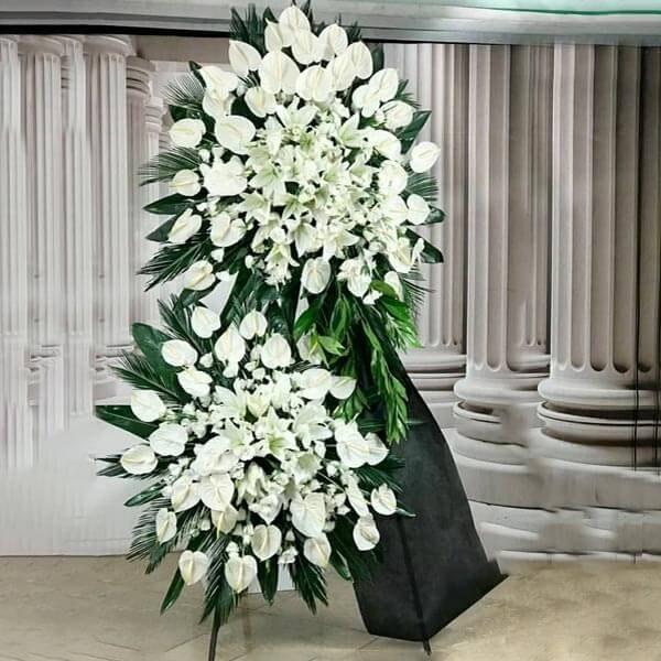 تصویر تاج گل آنتریوم دو طبقه