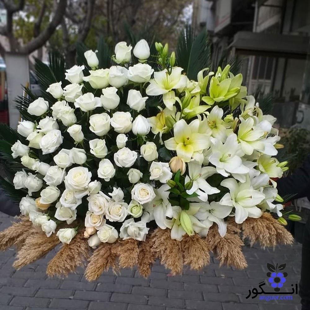تصویر گل رومیزی رز و لیلیوم برای مجلس ختم کد : 10984