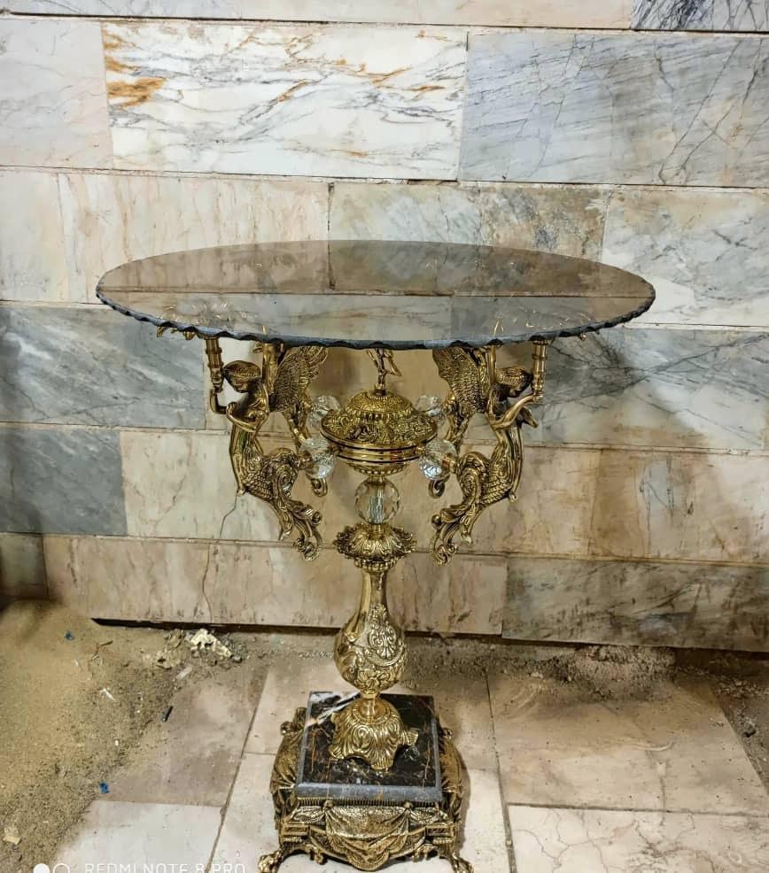 تصویر میز خاطره برنزی فرشته پایه سنگی