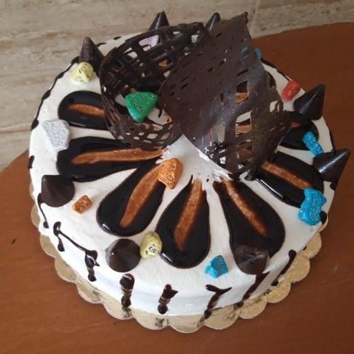 کیک تولد شکلاتی |