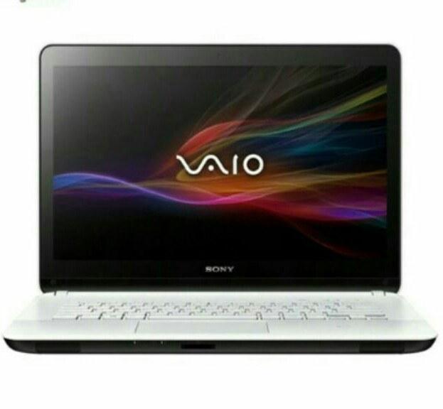 عکس لپ تاپ ۱۵ اینچ سونی VAIO SVF15317SC Sony VAIO SVF15317SC | 15 inch | Core i5 | 8GB | 1TB | 2GB لپ-تاپ-15-اینچ-سونی-vaio-svf15317sc