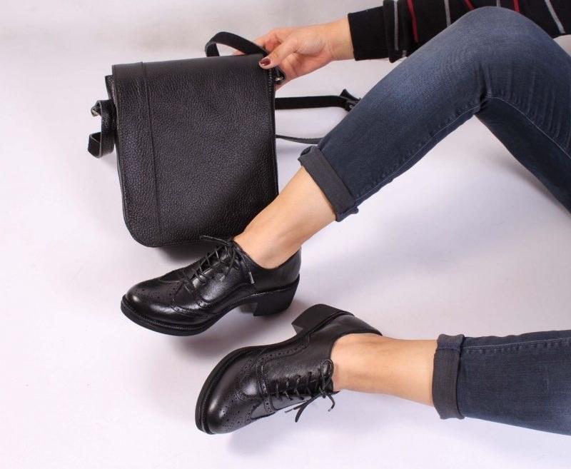 عکس کفش چرم زنانه مدل هشترکی  کفش-چرم-زنانه-مدل-هشترکی