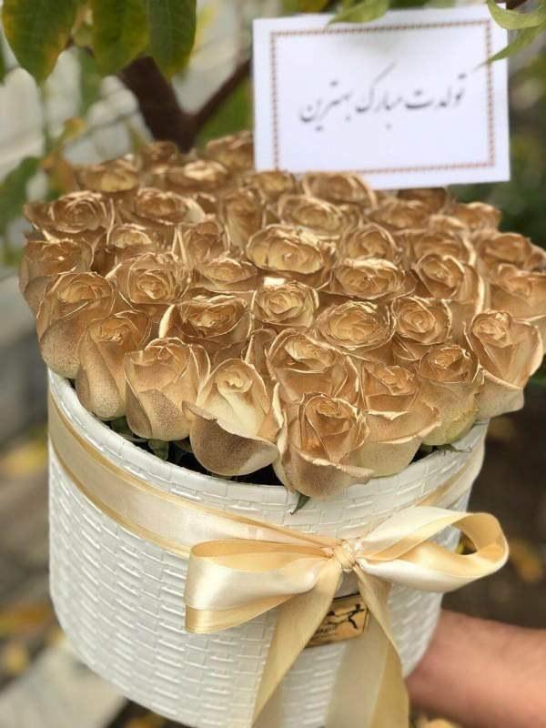 خرید باکس گل با 25 رز طلایی |