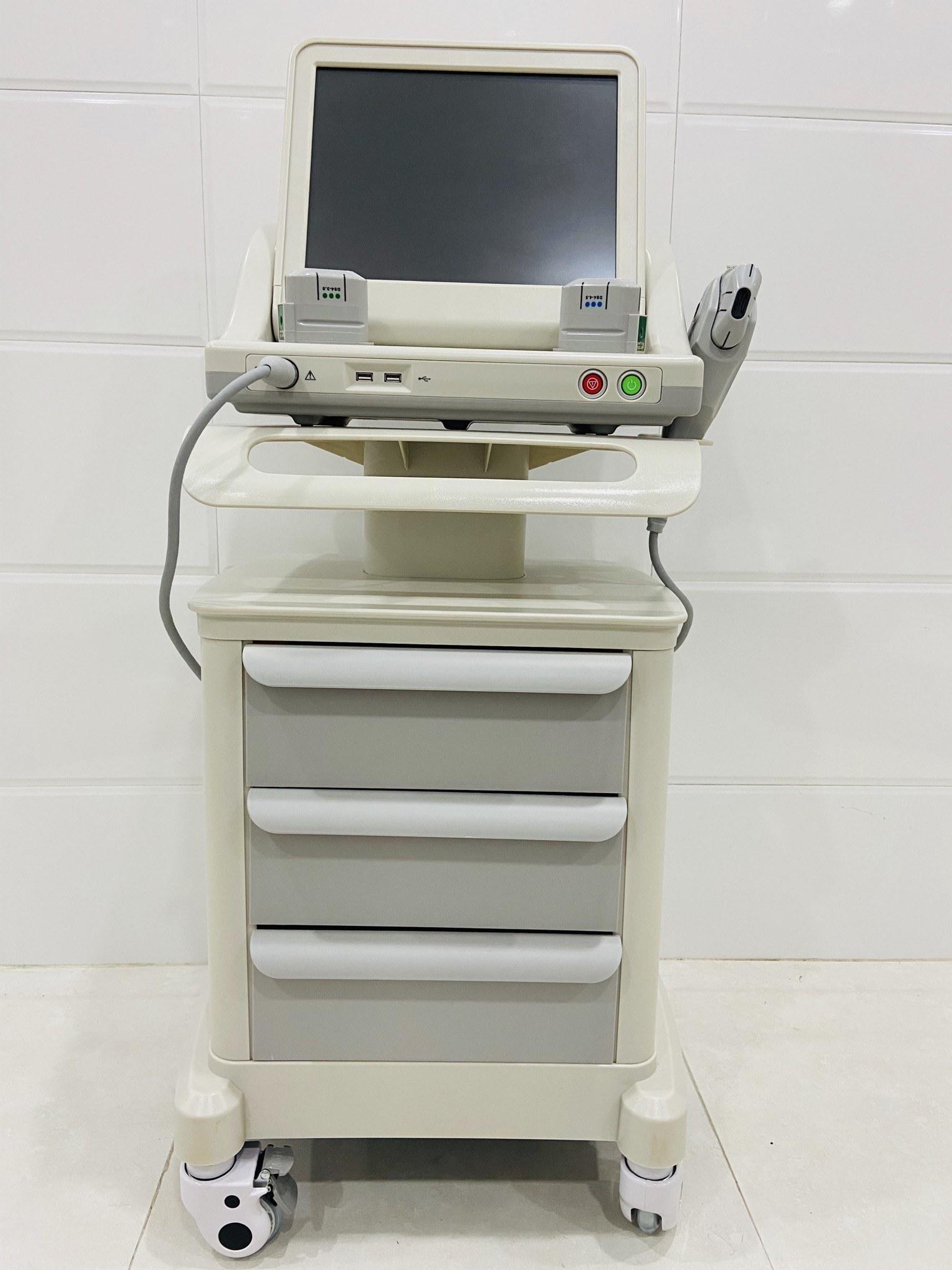 تصویر دستگاه هایفو اولترا لیفتینگ پوست صورت و بدن سه کاتریج