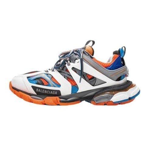 عکس کفش مخصوص پیاده روی مردانه بالنسياگا مدل track  کفش-مخصوص-پیاده-روی-مردانه-بالنسیاگا-مدل-track