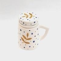 تصویر ماگ دمنوش صافی دار دستساز طرح ستاره