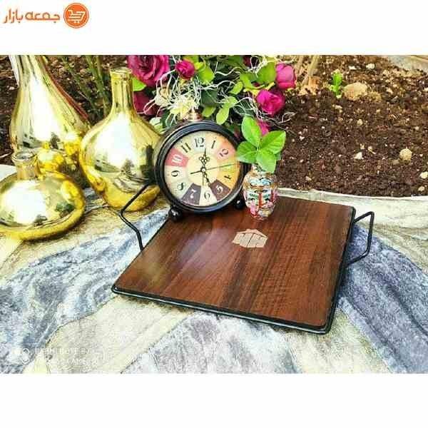 تصویر سینی سرو خوراکی چوبی مربع
