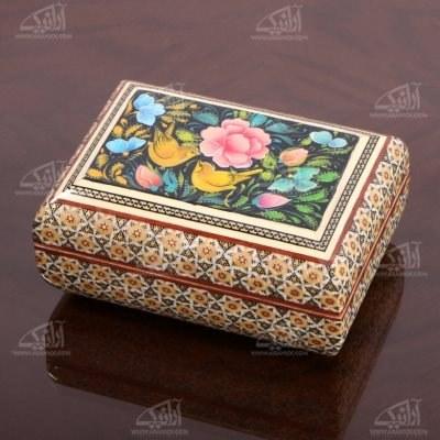 تصویر جعبه زیور آلات چوبی مستطیل خاتم و نگارگری سایز 14cm رنگ قهوه ای طرح گل و مرغ