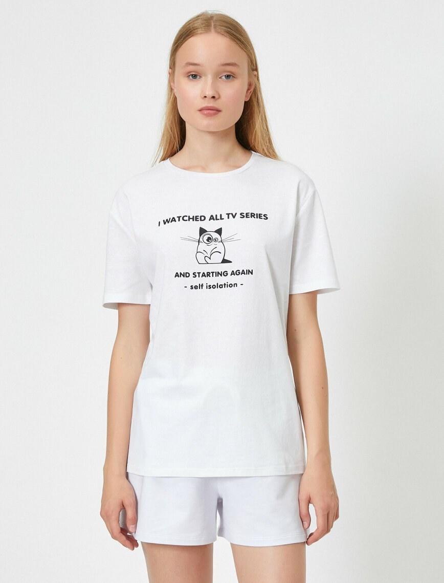 تصویر تی شرت نخی طرح گربه زنانه