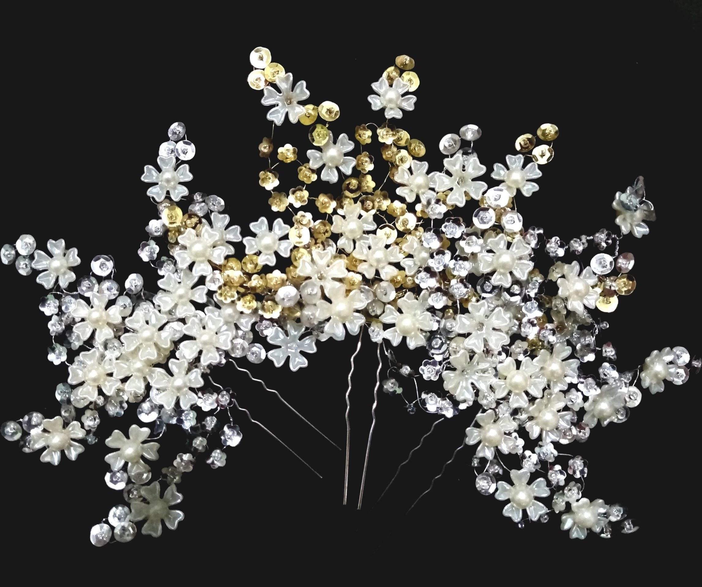 تصویر گل سر عروس طرح شکوفه های بهاری