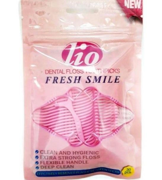 نخ دندان کمانی همراه با خلال دندان lio