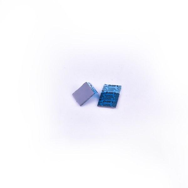 عکس پد گرافیکی 1 میل برند لیرد اورجینال Laird GPU pad 1 mil Orginal پد-گرافیکی-1-میل-برند-لیرد-اورجینال
