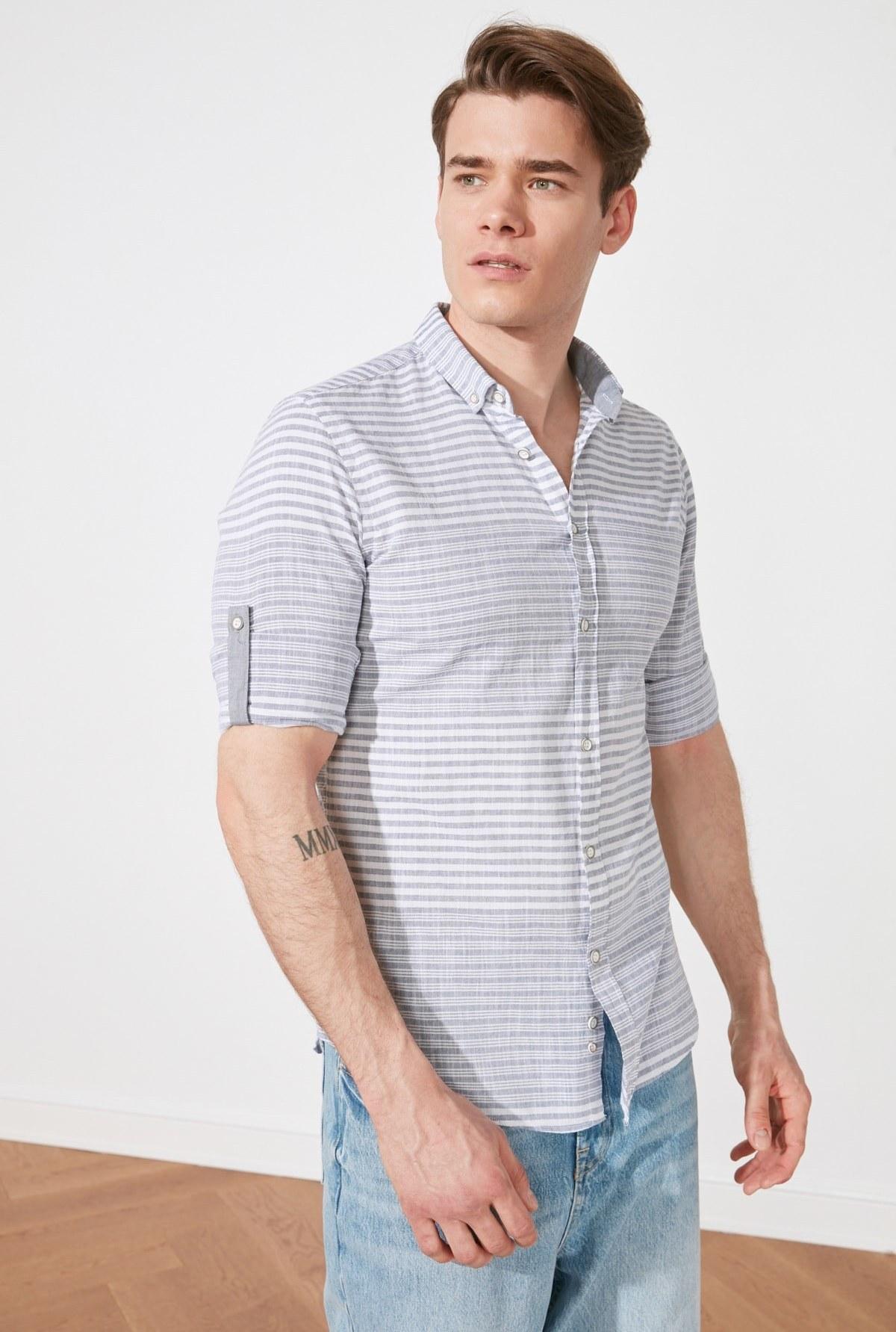 تصویر پیراهن اسلیم فیت مردانه یقه سرشونه دار راهراه دکمه برند TRENDYOL MAN کد 1616675014