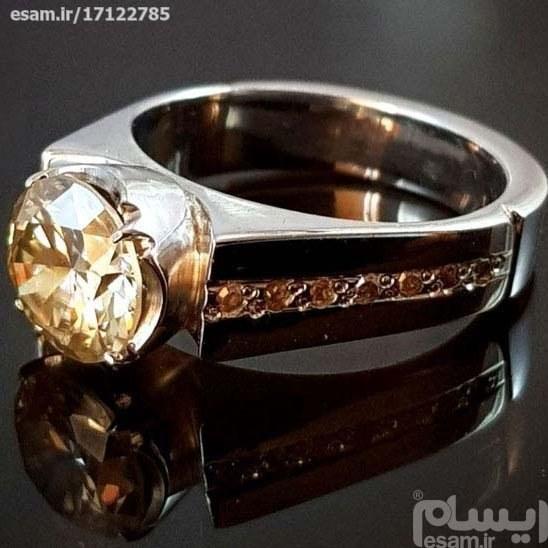 عکس انگشتر نقره مردانه با نگین الماس روسی موزانایت  انگشتر-نقره-مردانه-با-نگین-الماس-روسی-موزانایت