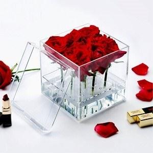 باکس شیشه ای گل رز |