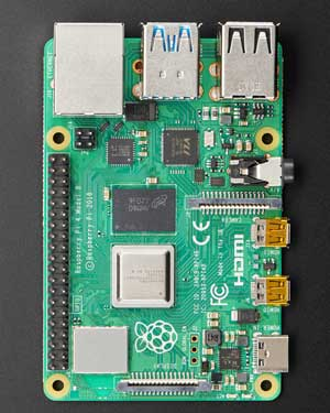 تصویر برد رزبری پای 4 مدل B تولید انگلستان با رم 8 گیگابایت | Raspberry pi4 model B 8G RAM
