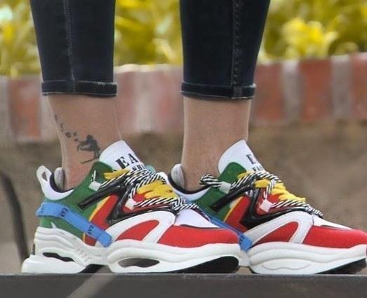 تصویر کفش اسپرت آدیداس جوانان کفش کتانی و اسپرت زیبای پسرانه و مردانه جوانان با طرح adidas
