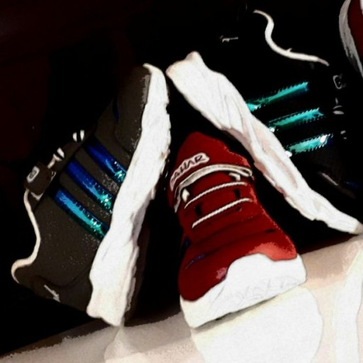 عکس کفش ورزشی  کفش-ورزشی