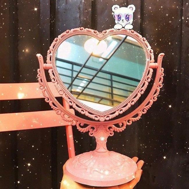 آینه رومیزی پایه دار قلب