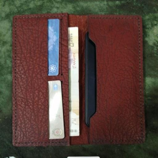 کیف چرم جا موبایلی و کارت و پوب(همراه با اشانتیون جعبه هدیه) |