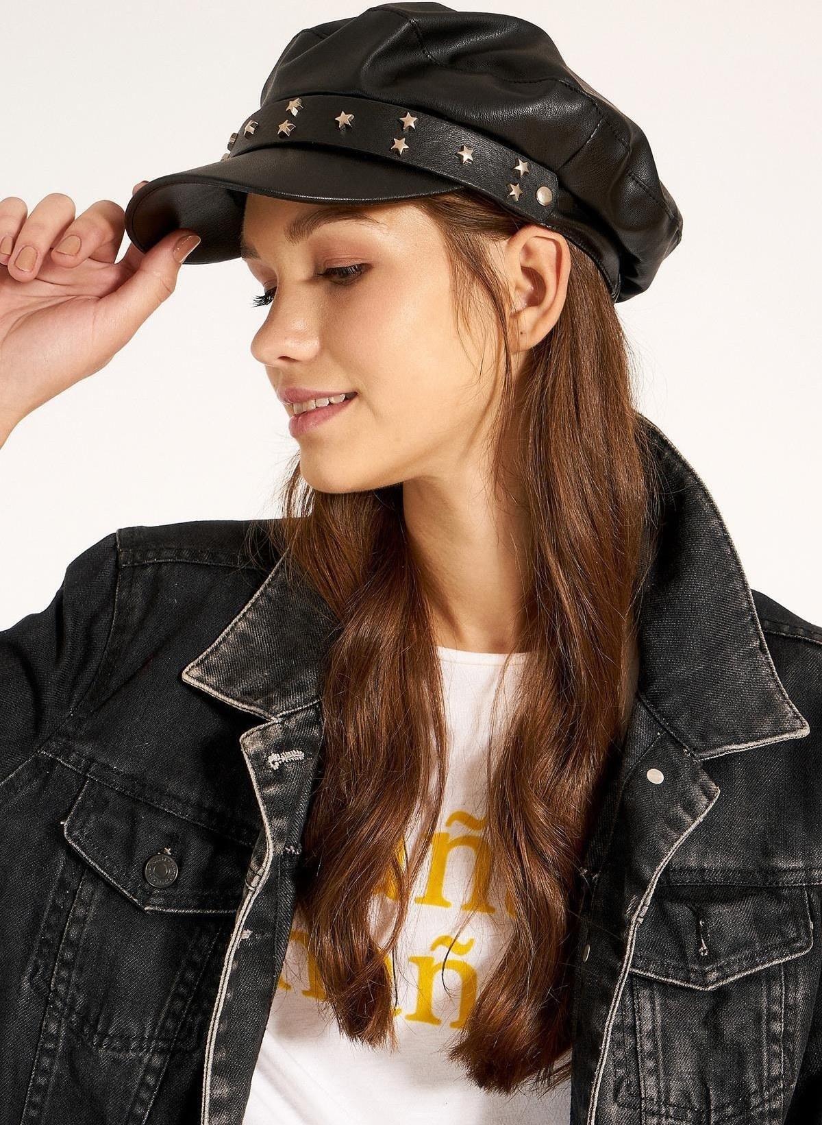 main images کلاه کمربند نگیندار زنانه چرم کمربنددار مشکی برند Y-London کد 1609667010