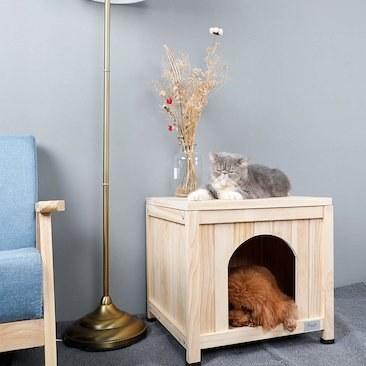 خانه چوبی سگ و گربه  