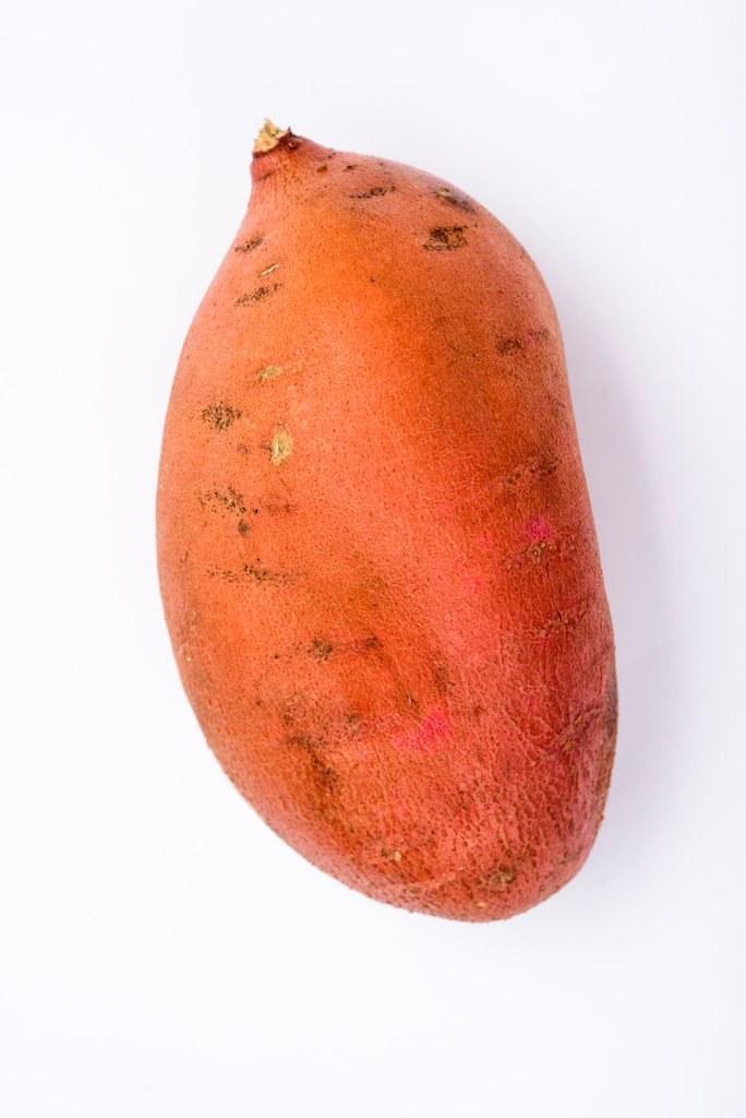 تصویر سیب زمینی شیرین نارنجی – 500 گرم