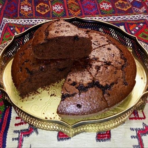 کیک شکلاتی بی بی |