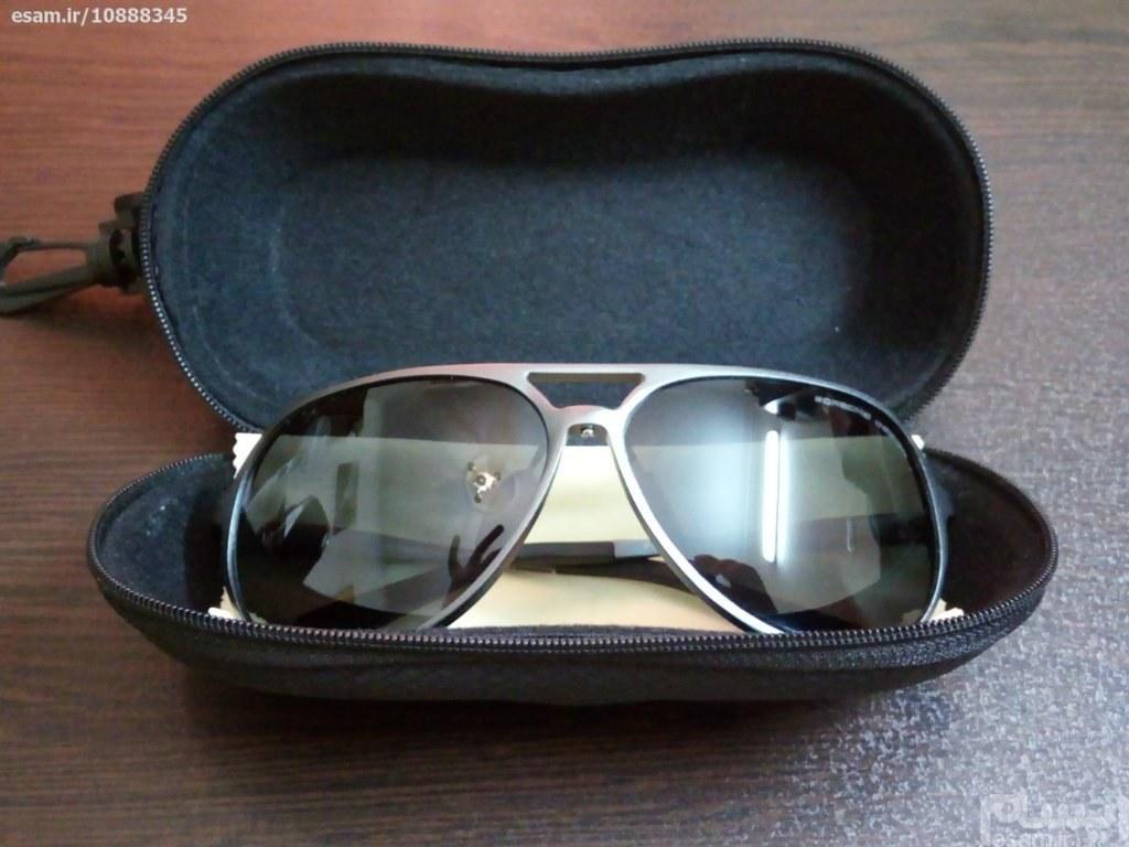 عینک دودی طرح پورش دیزاین |