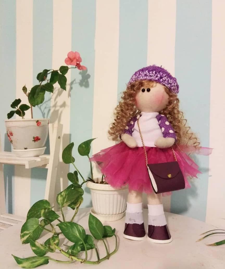 عروسک دختر دامن صورتی روسی  